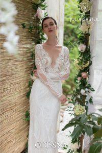 výrazné rukávy na svatebních šatech