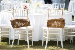 chiavari židle na svatbu