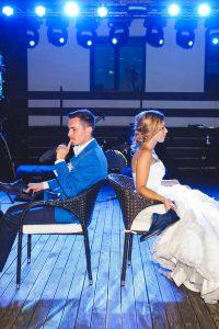Kvíz novomanželů – jak probíhá a jaké otázky zaručeně rozproudí zábavu?