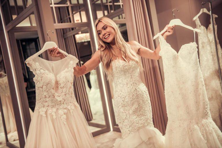 ušít svatební šaty