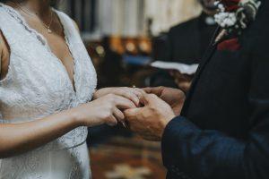 jak napsat vlastní svatební slib