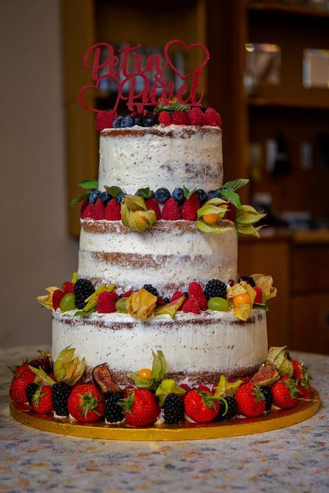 ovocní svatební dort