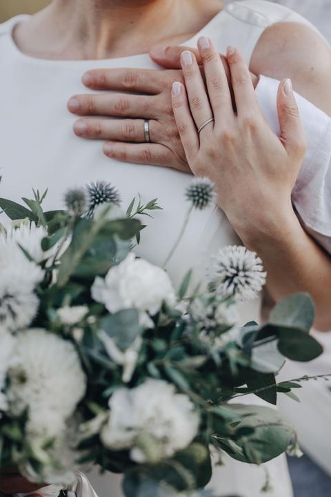 jednoduché svatební prstýnky