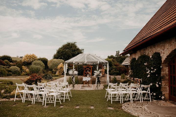 svatební obřad v Jízdárně Hejtmánkovice