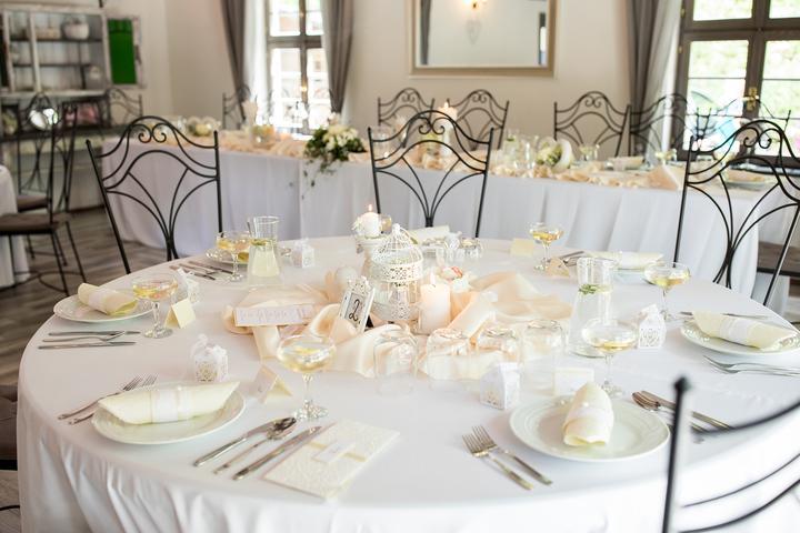 elegantná ivory svatební výzdoba