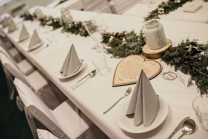 handmade zimní svatební výzdoba