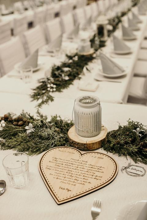 svatební výzdoba a dekorace pro zimní svatbu