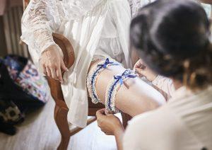 svatební podvazkový pás