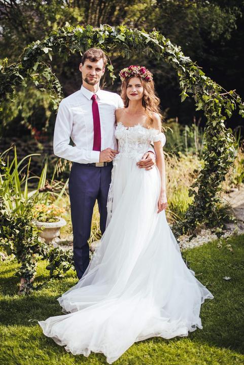 svatební altan a slavobrana