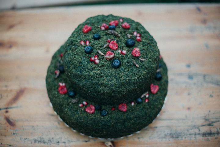 lesní svatební dort s machem