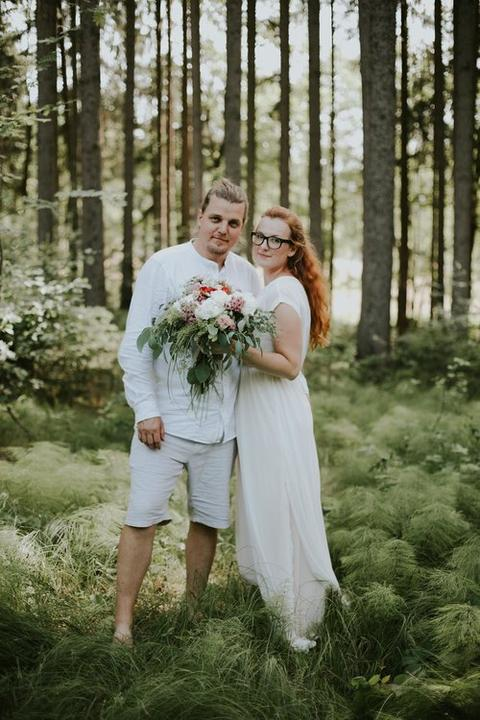uvolněná svatba v přírodě
