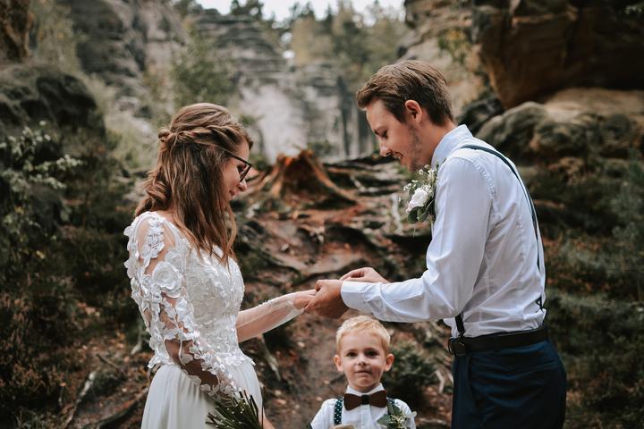 svatba v Prachovských skalách